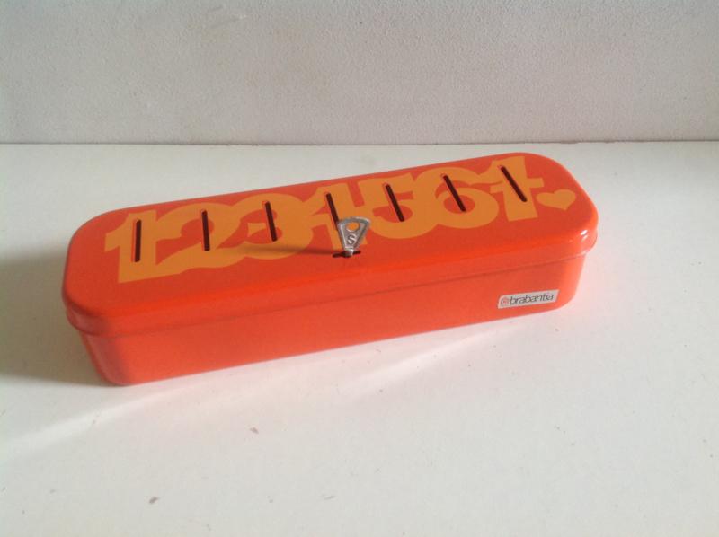 Brabantia Geldkistje. Oranje. 70's.