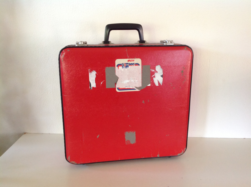 Reiskoffer. Kinderuitvoering. Rood.