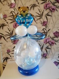 Balloncadeau Geboorte incl. rompertje en luiers