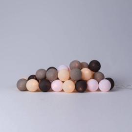 Cotton balls fair trade