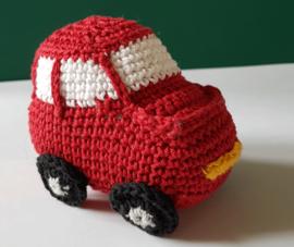 autootje rood, zonder caravan