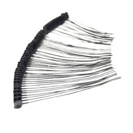 100 Snorharen zwart