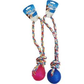 Duvo+ Rubber dog toy – TPR bal met koord handvat