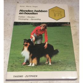 Boekje Honden hebben en houden