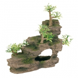Rots trap met plastic plantjes