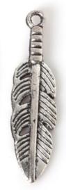 Veertje Zilver Kleurig 30 x 8 mm