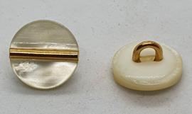 Witte Parelmoer Knoop met goud streepje 12 mm