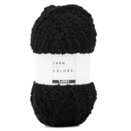 YARN AND COLORS FURRY 100 BLACK
