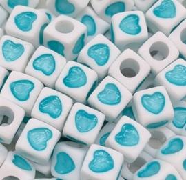 50 Vierkante Kralen met Hartje Aqua Blauw 7mm