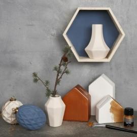 Hexagon vaasje van  porselein