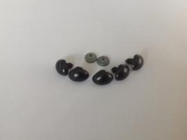 Veiligheidsneusjes  zwart 20 bij 14 mm per 4 stuks
