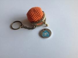 Handig portemonneetje met sleutelhanger.
