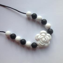 Bijt-voedingsketting roos, wit en zwart