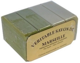 Marseille soap pieces 14 x 2 olive and 2 neutral