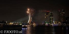 Rotterdam erasmusbrug  vuurwerk 4 (Dibond)