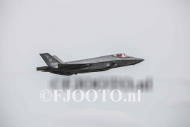 JSF ( F-35 Lightning II ) (Canvas 2cm)