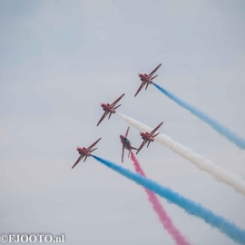 Red Arrows (2) (Canvas 2cm)