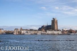 Dordrecht rivierzicht 14 (Canvas 4cm)