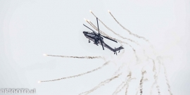 Apache met flares (2) (Canvas 2cm)