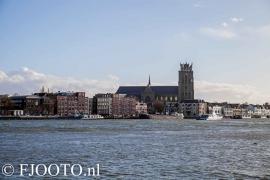 Dordrecht rivierzicht 12 (Canvas 4cm)