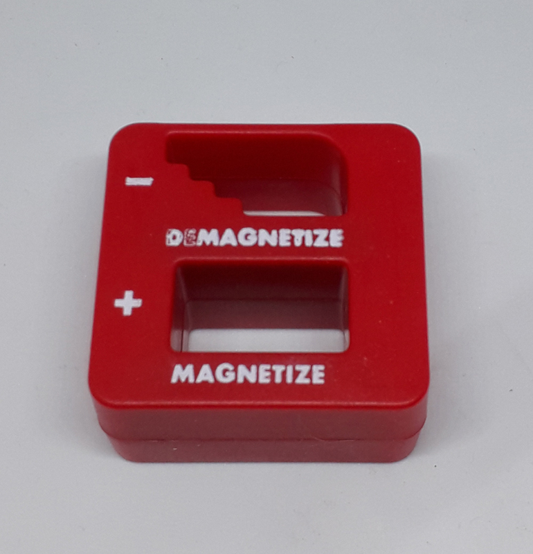 Magnetizeer / demagnetizeer