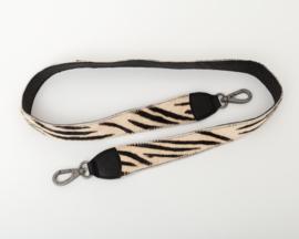 Bag2Bag - Schouderband met vachtje - black 110 cm