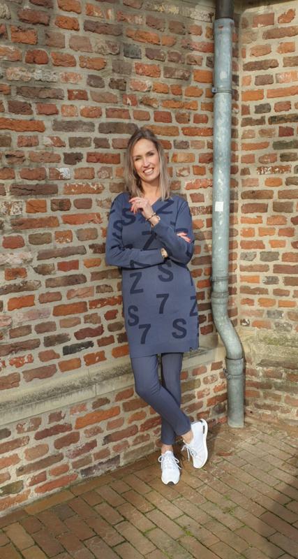 Zoso sweater / dress with tonal artwork - 211 Jordan shadow blue