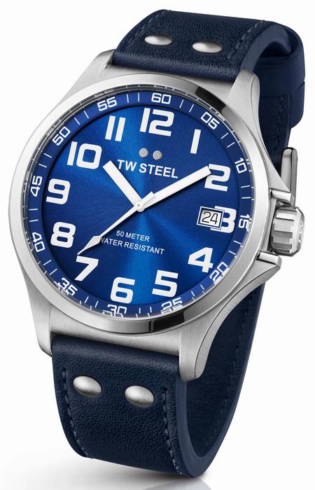 TW Steel TW400 Pilot Horloge 45mm