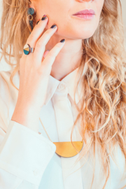 Ring donkergroen- goud
