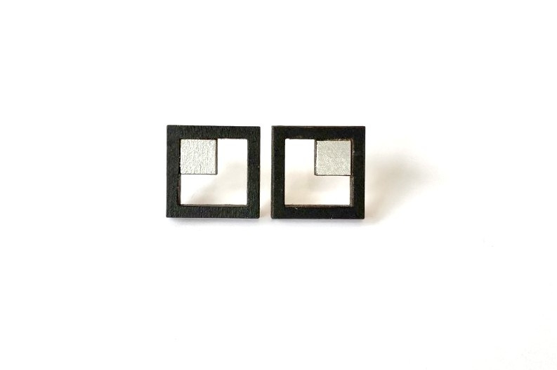 Vierkante oorstekers met opening - zilver-zwart