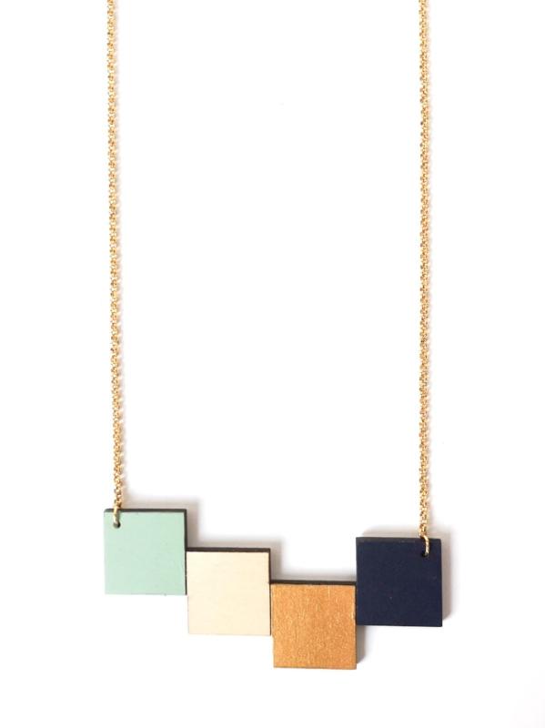 Halsketting vierkantjes munt- natuurkleur- goud- donkerblauw