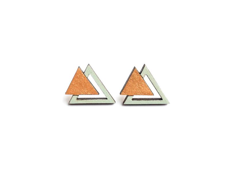 Driehoekige oorstekers munt- goud
