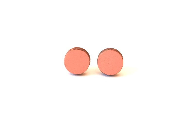 Ronde oorstekertjes zalmroze (9 mm)