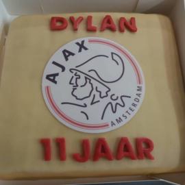 ajax taart 20 personen