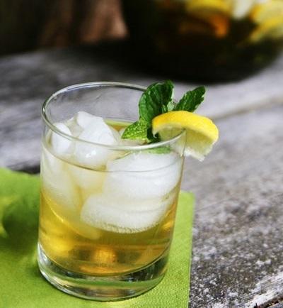 IJsthee recept jasmijn groene thee met nana munt
