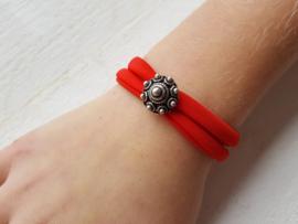 Armbandje Zeeuwse knop rood