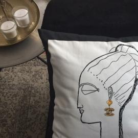Cushion FACE CHOKER