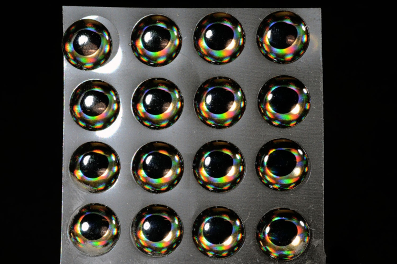 4D Living Eyes Silver Grey