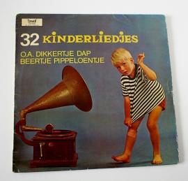 LP 32 KINDERLIEDJES