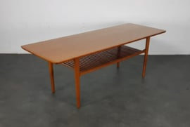 VINTAGE COFFEE TABLE , GRETE JALK