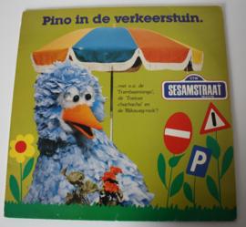 LP SESAMSTRAAT, PINO IN DE VERKEERSTUIN