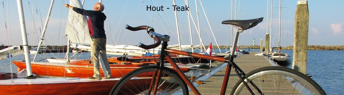 Fiets - Bicycle - Teak hout - Medemblik