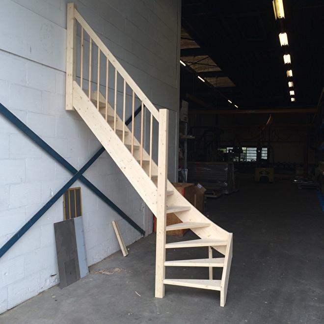 Uitgelezene ONDERKWART TRAP OP MAAT | houtentrappenwinkel YE-02