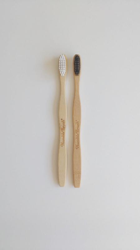 Humble brush tandenborstel zwart/wit/roze