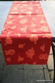tafelloper orange rose on red twill