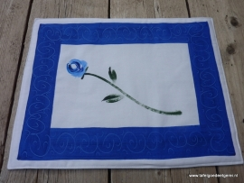 Placemat blue stemmed rose