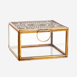 Madam Stoltz Glass box w/ carvings 12x12x6,5 cm Antique Brass