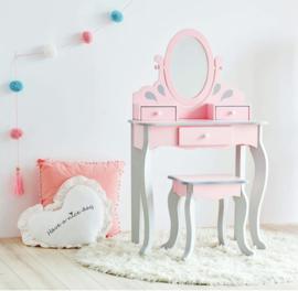 Kaptafelset hout roze