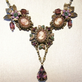 collier Michal Negrin