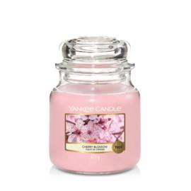 Yankee Candle Medium Jar Cherry Blossom